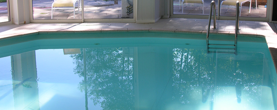gite gentiane piscine couverte