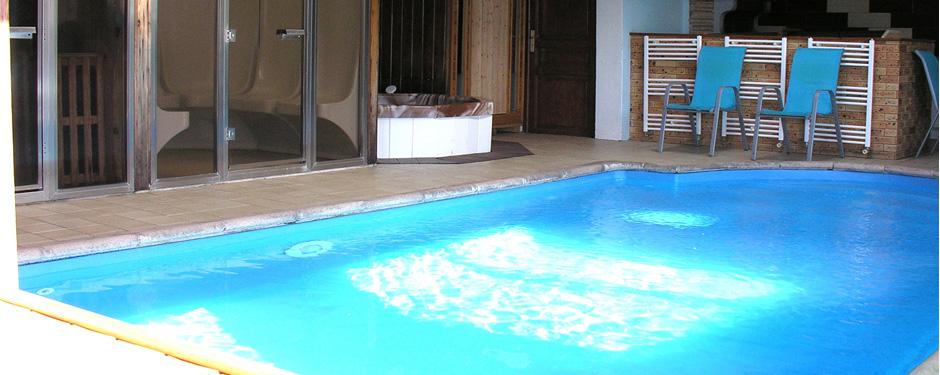 gite orchidée piscine couverte