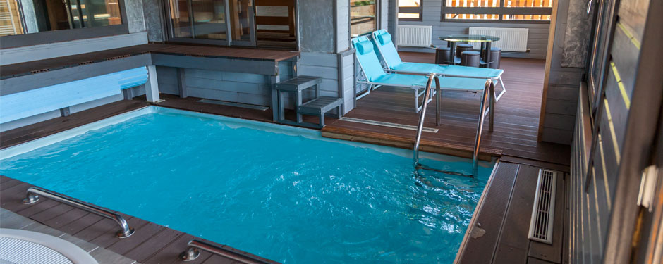 G tes regisland en alsace 15p piscine couverte jacuzzi for Piscine jonquilles